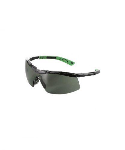 sportowe-okulary-przeciwsloneczne